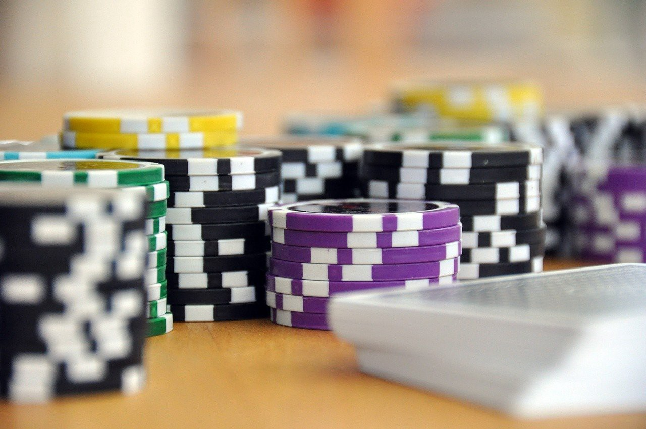 Assess Seven Matters Before Playing Online Gambling
