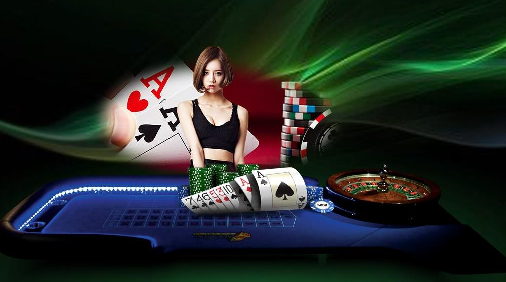 Online Poker VS Gambling Earning Game