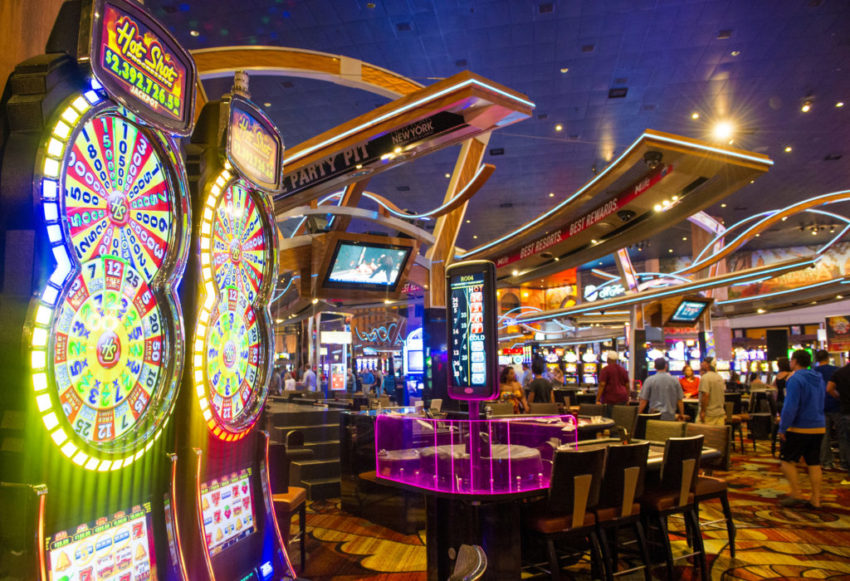 Master The Art Of Online Casino With These Tips